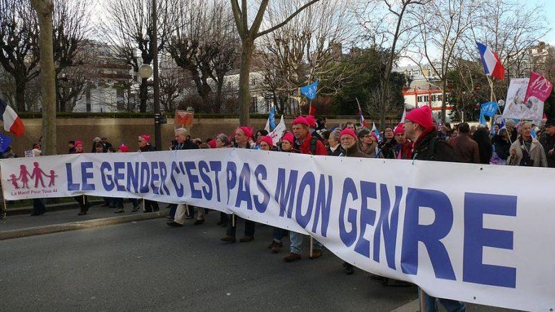 Prancis Memberi Jalan Keluar Kepada Penentang 'Teori Gender' di Sekolah